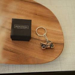 DonJordi Schlüsselanhänger Metall für alle Motorradfahrer & Biker – In schöner Geschenkbox (bronze) – 2